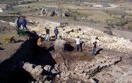 Kınık Köyü Yeraltı Şehri Kazı Çalışmaları
