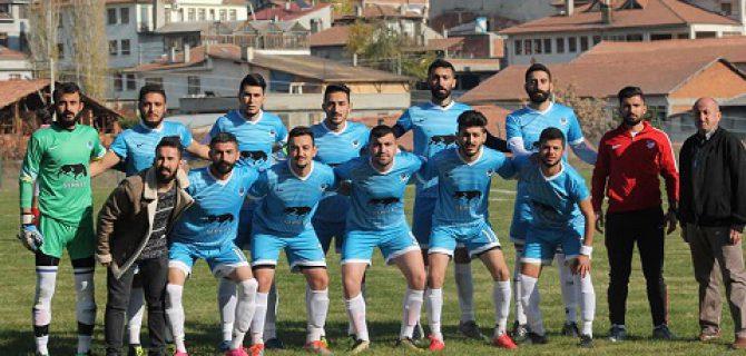 Devrekani Belediye Esnaf Spor Sezona Galibiyetle Başladı.