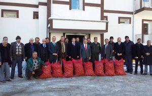 Devrekani'de Patates tohumu dağıtımı yapıldı.